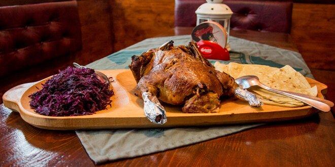 Jesenné kačacie hody s lokšami, kapustou a vínom pre 4 osoby