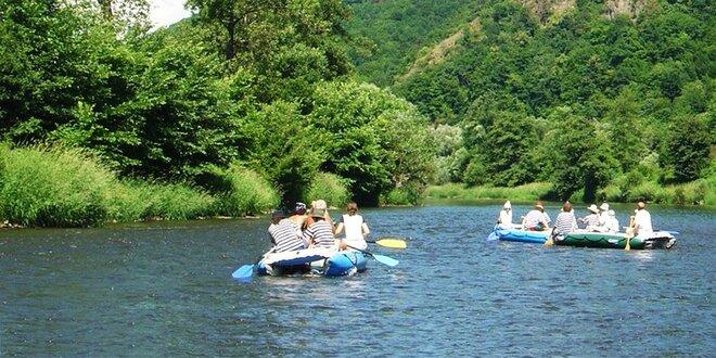 12 kilometrový splav Hrona pre 2, 4 alebo 7 ľudí na rafte alebo kanoe