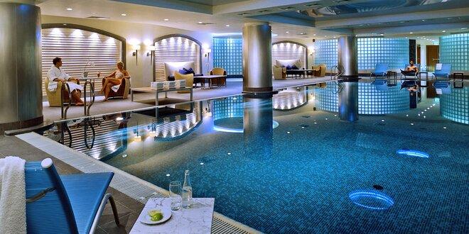 2 alebo 3 noci v špičkovom hoteli v centre Varšavy: Raňajky, bazén aj sauna