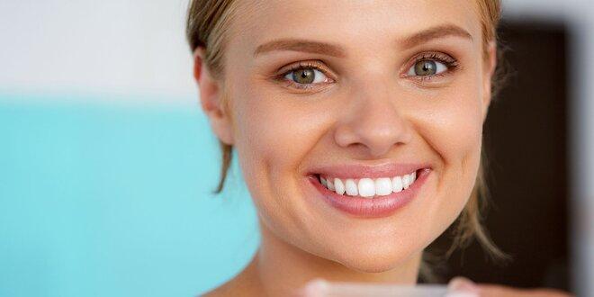 Bezperoxidové šetrné bielenie zubov systémom Smile Point