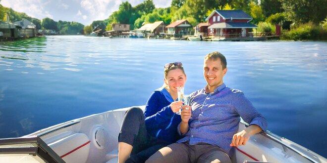 Romantická plavba pre 2 osoby na párty lodi alebo rýchločlne