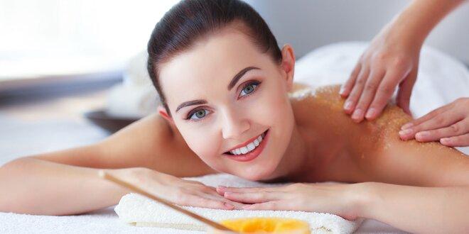 Pílingová masáž celého tela alebo antistresová masáž hlavy