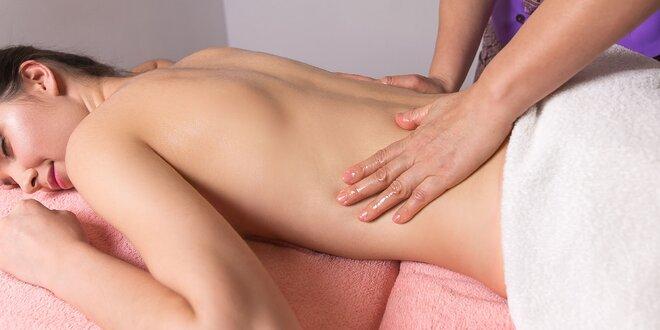 Terapeutická masáž alebo terapeutický balíček s tepelnou terapiou