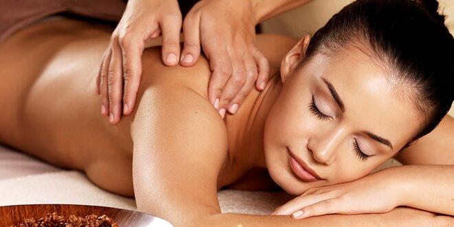 Uvoľňujúca hodinová masáž celého tela