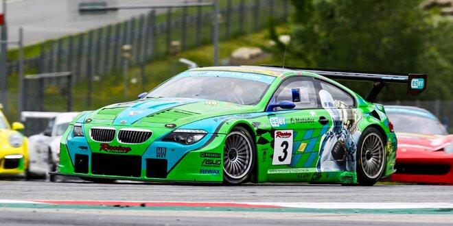 Nadupané BMW autá na Slovakia ringu