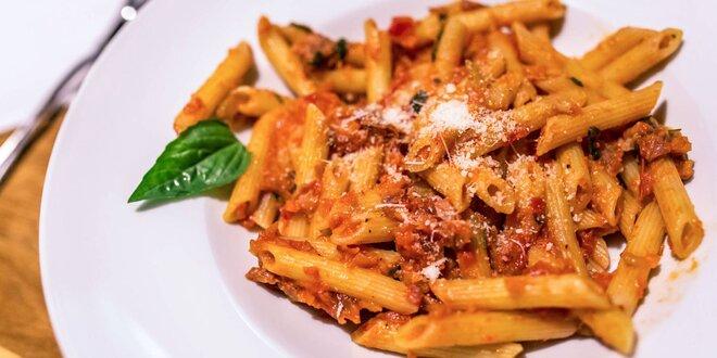 Pravé talianske cestoviny s paradajkovou polievkou alebo Tiramisu