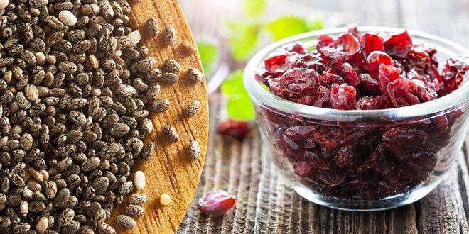 Chia semienka a brusnice, hrozienka či banány