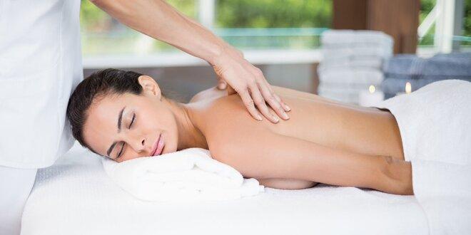 Relaxačná masáž chrbta a šije či celého tela pre ženy