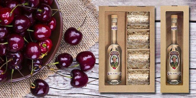 Fľaša višňovice s vlastnou fotografiou a textom