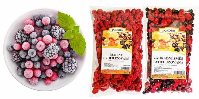 Zdravé balíčky chutného ovocia sušeného mrazom