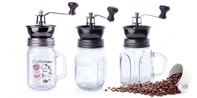Kovové ručné mlynčeky na kávu so sklenenou nádobou