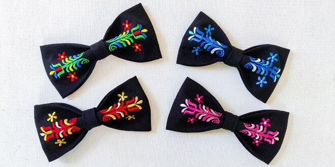 Originálne folklórne motýliky s výšivkou