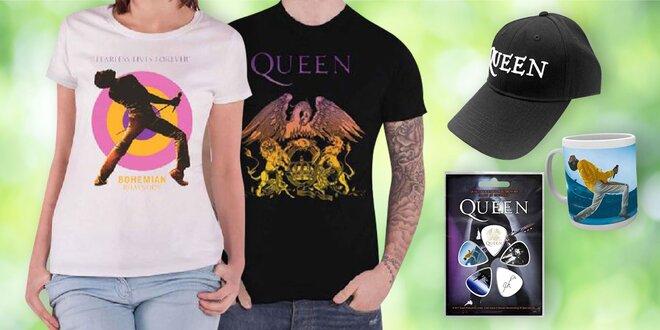 Plagáty, hrnčeky aj tričká s motívmi kapely Queen