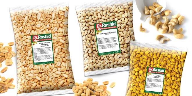 Maškrtenie s praženými orieškami a kukuricou
