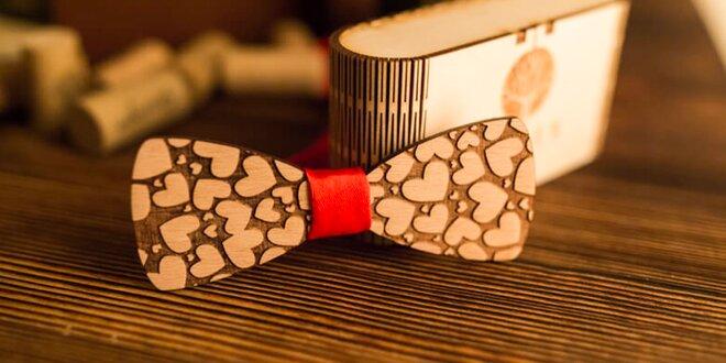 Krásne drevené motýliky pre pánov