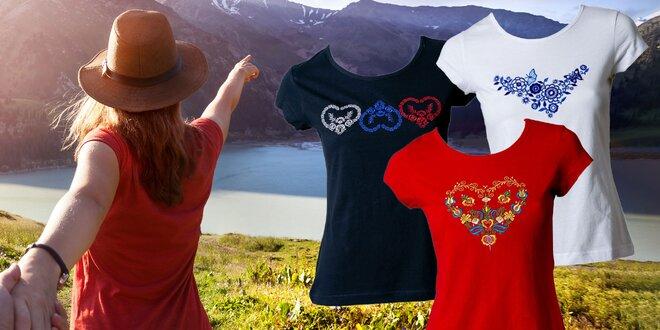 Dámske tričká s výšivkou inšpirovanou slovenským folkórom
