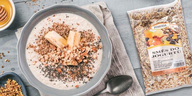 Namiešajte si zdravé raňajky z chutných zmesí olejnatých semien a ovocia