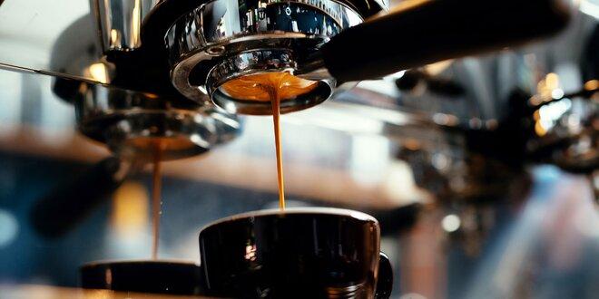 Mletá, zrnková káva či kávové kapsule Santini