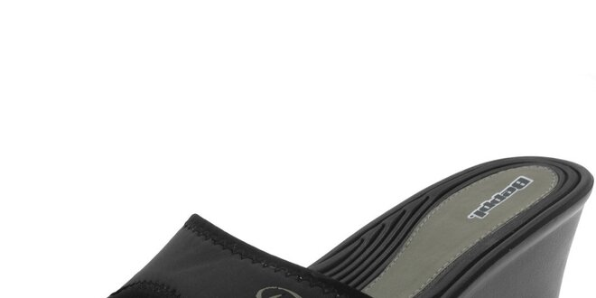 Dámske čierne šľapky s khaki logom Beppi