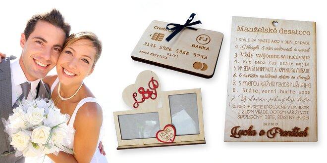 Personalizované drevené darčeky pre novomanželov