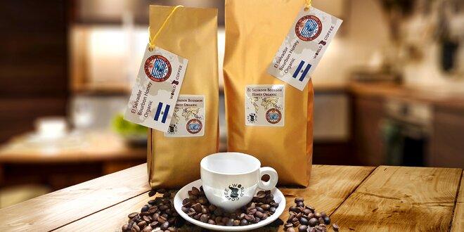 Výberové kávy z celého sveta pražené v Česku