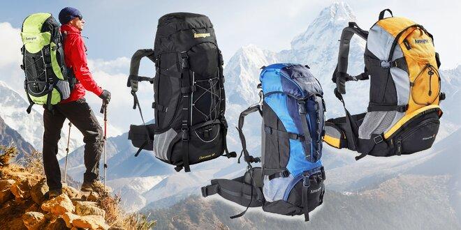 Športová taška a turistické batohy s objemom 40-55 l