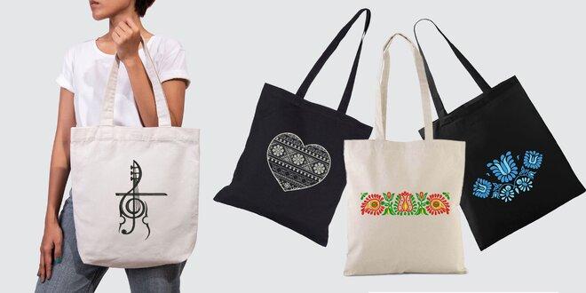Pevné bavlnené tašky s folklórnou výšivkou: 8 vzorov