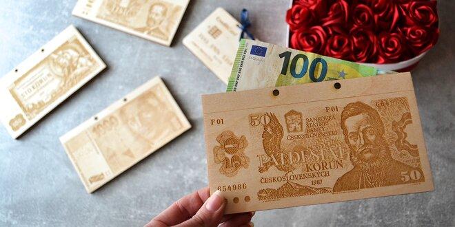 Drevené obálky na darovanie peňazí novomanželom