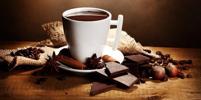 Ochutená zrnková káva: karamel, oriešok aj višňa