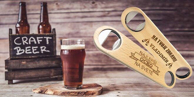 Dokonalý darček: otvárač na pivo s vlastným menom