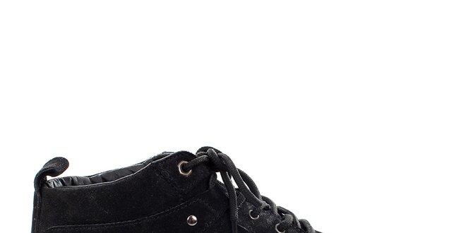 Pánske čierne semišové topánky Levis  56e92daf49a
