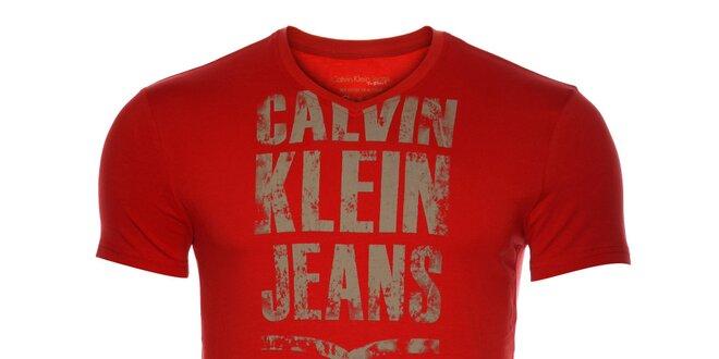 3bc18375c323 Pánske červené tričko Calvin Klein s potlačou