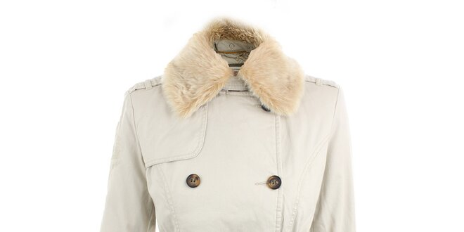 Dámsky krémovo biely kabát s kožušinkovým límcom Timeout  de4040d8142