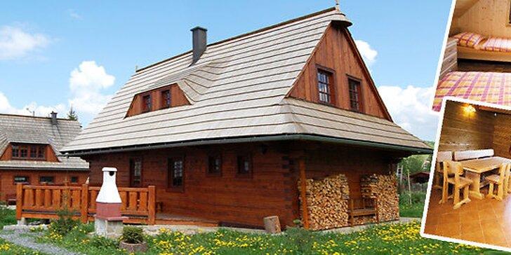 Ubytovanie na Liptove až pre 12 kamarátov v útulných drevených chalupách.