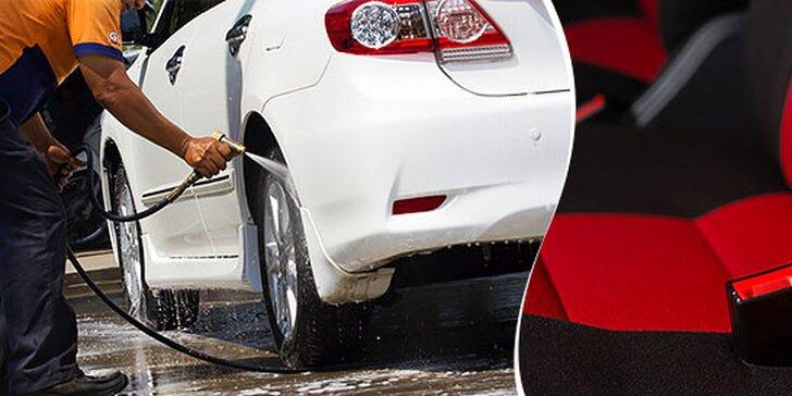 Kompletné ručné umytie exteriéru a interiéru auta a tepovanie
