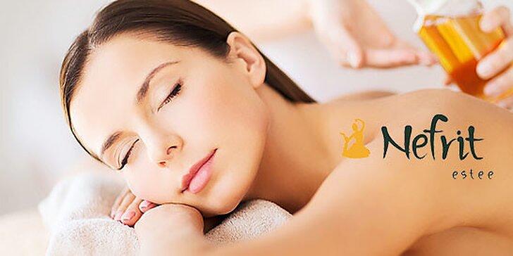 Očistná olejová masáž s osviežujúcim peelingom