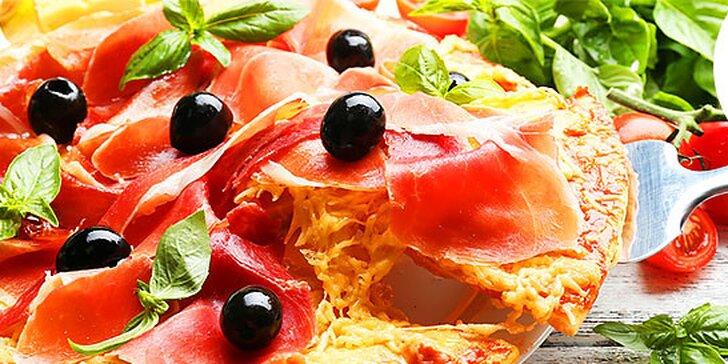 Spríjemnite si predvianočné potulky čerstvou horúcou pizzou v pizzérii Marro