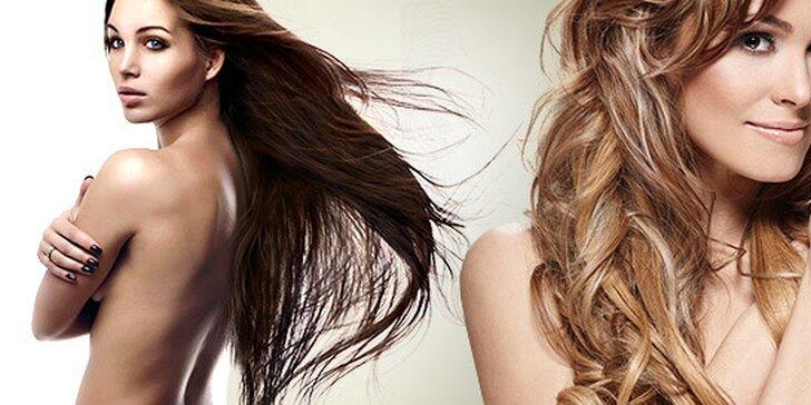 Regeneračná vlasová kúra v spreji, strih a farbenie alebo luxusný balíček s kompletným ošetrením