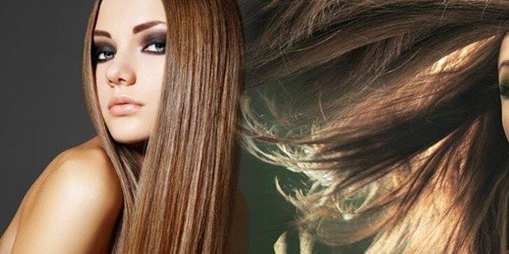 Predlžovanie vlasov eurolockovou metódou