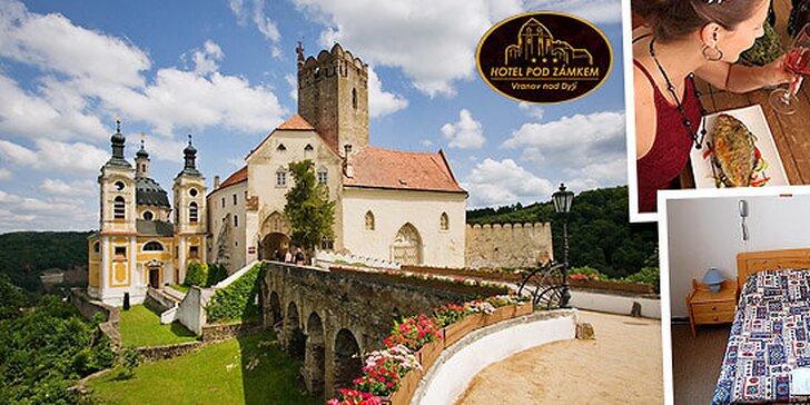Romantika pri Vranovskej priehrade a zámku