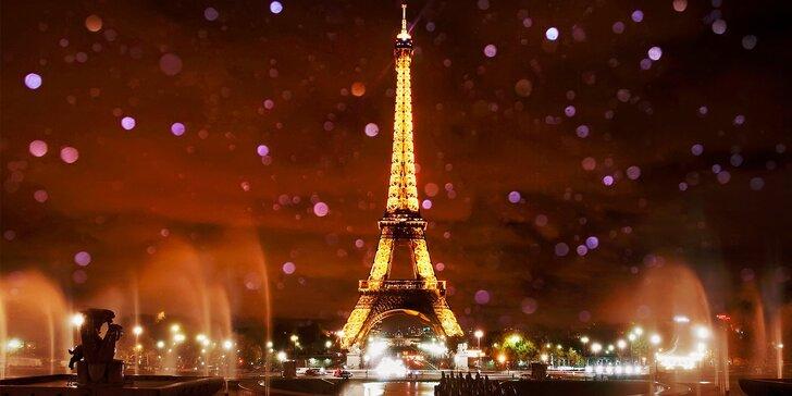 Metropola Francúzska a Versailles v čase očarujúceho adventu alebo silvestrovský Paríž v polnočných svetlách jedinečného veľkomesta