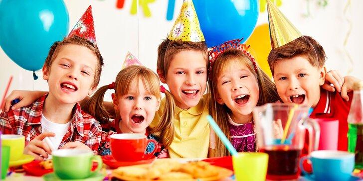 Detská narodeninová oslava alebo vstup do centra Hopsáčik