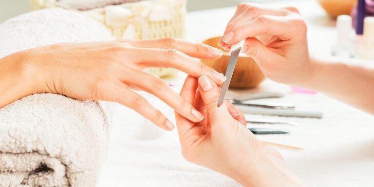 Expresná permanentná manikúra RockLAC, výživné spevnenie nechtov Truscada KERATINA, nové gelové nechty alebo japonská manikúra