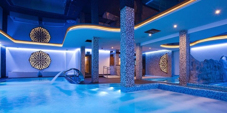 Luxusný rodinný wellness pobyt a špičková lyžovačka v kúpeľnom mestečku Piwniczna-Zdrój v Beskydách