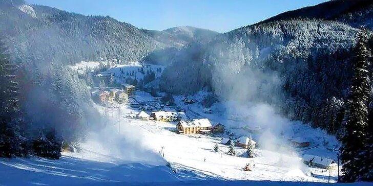 Rajská zima v Slovenskom raji s polpenziou a ubytovaním priamo pri lyžiarskom vleku