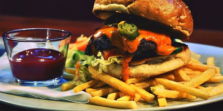 MŇAM: 6 druhov burgerov podľa vlastného výberu
