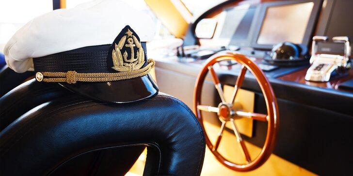 Kapitánske kurzy pre vedenie člnov, lodí, jácht a vodných skútrov