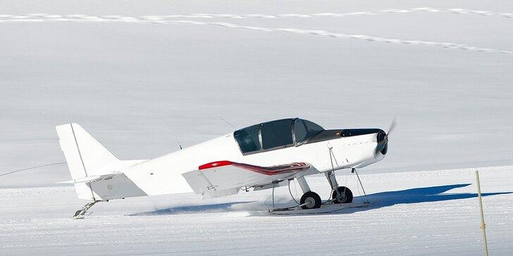 Vzrušujúci let lietadlom CESSNA 150. Teraz špeciálne darčekové balíčky!