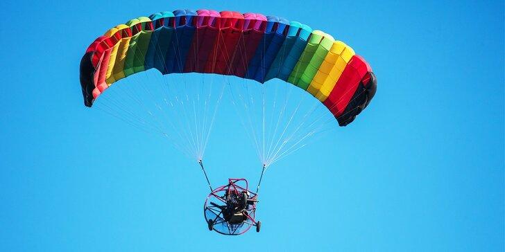 Motorový paragliding tandem - vyhliadkový let Airchopperom, okolie Trenčín alebo Bratislava
