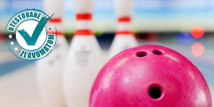 1 hodina zábavy na bowlingu pre celú rodinu i partiu alebo klubová karta plná výhod